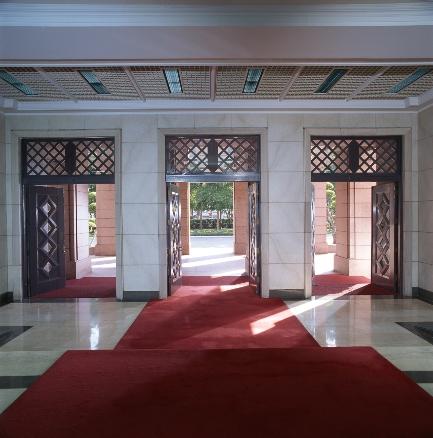 中央入口門